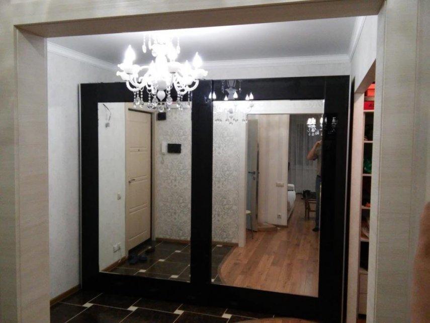Выпрямить дверь ЛДСП с наклеенным зеркалом