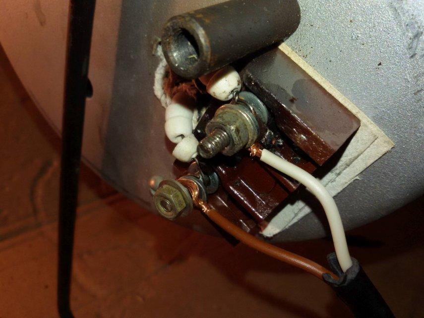 24 ремонт электрокамина.jpg