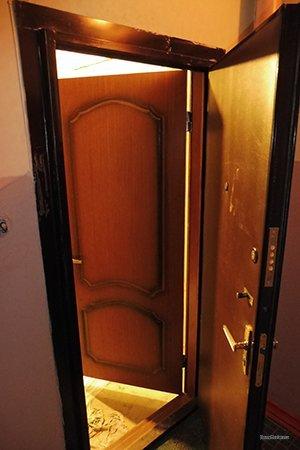 Вх.дверь.Вид.из.подъезда.03.уменьшен.размер.jpg