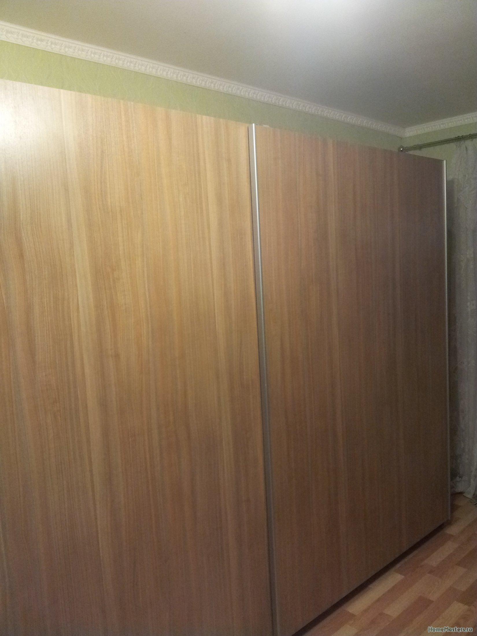 Антресоль на шкаф — есть ли смысл ?