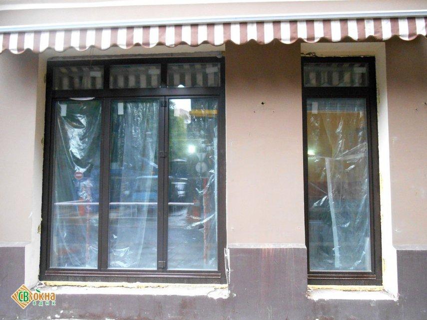 Окна-«гармошки» и входная группа